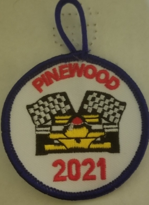 Pinewood 2017 Yellow Car (Round)